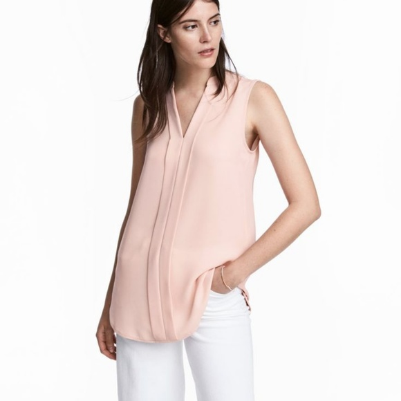 b2b89feb H&M Tops | Nwt Hm Vneck Sleeveless Blouse In Powder Pink 2 | Poshmark
